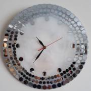 ساعت رزینی آینه ای